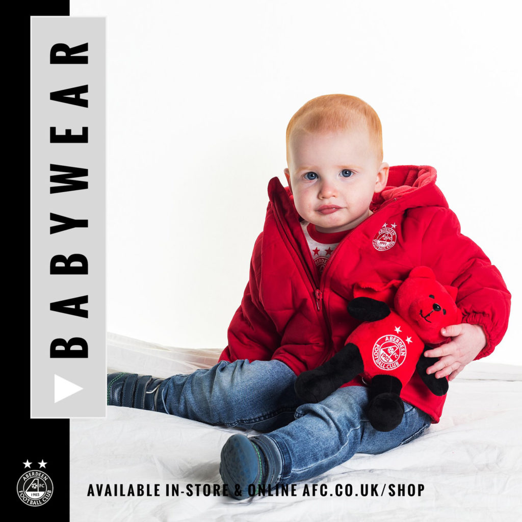 Commercial Photography Aberdeen - Picture of a retro Aberdeen FC kids wear for retail website use.